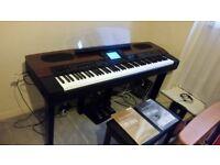 Yamaha PF-1000 electronic piano ( + stand + stool + pedal + music sheet stand + manuals)