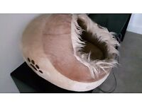 Cat igloo soft bed beige