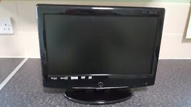 Dolby 15.6 hd digital LCD tv with freeview and dvd