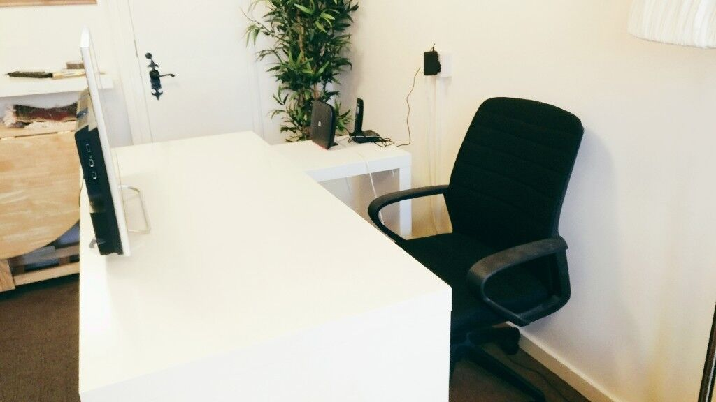 Ikea Malm Desk With Pull Out Panel White With Office