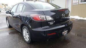 2013 Mazda MAZDA3 Remote Start-Bluetooth-1 Owner Off Lease-Alloy Windsor Region Ontario image 3