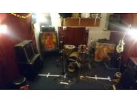 Practice room share available