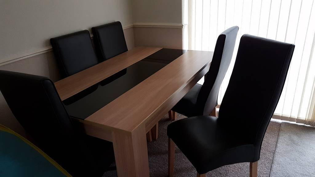 Sale Manchester 25000 Dining Table