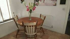 Table and 4 chairs vintage style in shabby chic