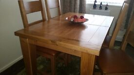 SOLID OAK EXTENDING TABLE + 6 CHAIRS