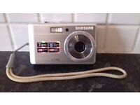 Samsung L730 Digital Camera