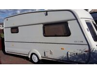 ***TOP OF THE RANGE VANROYCE 435 2 BERTH CARAVAN ***