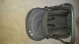Silvercross car seat with hood and cover