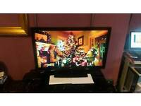 """LG 42"""" COLOR LCD TV WITH FREEVIEW BUILD IN, HDMI, with REMOTE CONTROL in FULLY WORKING CONDITIONS !"""