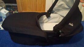 Baby travel cot