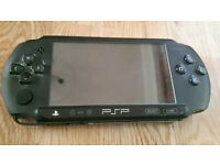 Psp 1000 console black, charger & 2 x games