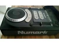 Numark axis 9 cd players