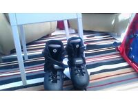 IN LINE ROLLER BOOTS UK SIZE 4/5