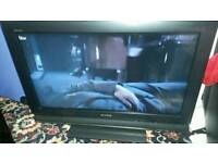 Sony 32 inch screen hd lcd free view tv £ 65