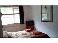 Porthtowan. Lovely, fully furnished big double room by the sea. Sharing house with just one other.