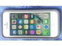 Iphone 5 factory unlocked,box,charger,Dualtek protective impact case,screen protection