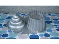 ** GIANT CUPCAKE MOULD ..by NORDIC **