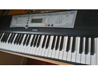 yamaha ypt-200 keyboard. excellent condition