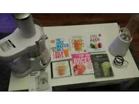 Juicer and blender with books