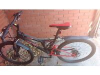 "Vertigo Eiger 26"" Dual Suspension Mountain Bike, 16"" Frame + Accessories"