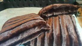 Brand new 8× brown velvet cushions with fillers & covers