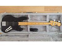 Fender Modern Player Jazz Bass W/Case