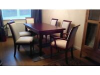 Mahogany dinning table and 6 chairs(2 are carvers)