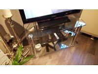 Samsung 32 inch tv with clear glass stand