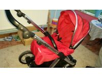 Excellent condition oyster max pushchair. Never been around animals or smoke