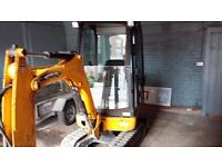 JCB mini digger 8016 2012 ,1650 hours immobiliser nice tidy machine 60% tracks all glass ok