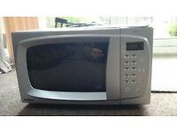 Used Goodmans 800w Microwave