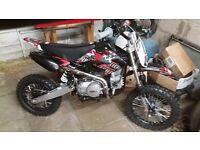 dirtbike brand new,,wrong size christmas gift