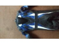 Biker leather one peace MOTORDEX motorcycle suit with hump and neepads size (M) good con.