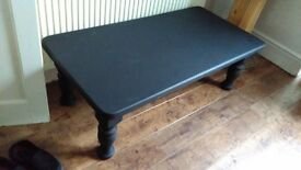Dolid wood chunky slab top coffee table cost £250 new