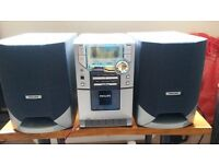 PHILIPS MICRO HIFI SYSTEM MC118 - CD, Radio, Cassette Player, Clock (can collect EH44 or DG7)