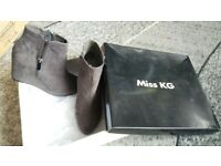 BRAND NEW MISS KG BOOTS