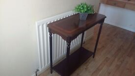 Lovely wee hall / side table 78 cm long x 35 cm deep x 74 cm high