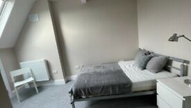 Large En-suite Bedroom in Great FlatShare – BILLS INCLUDED