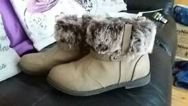Girls boots size 2
