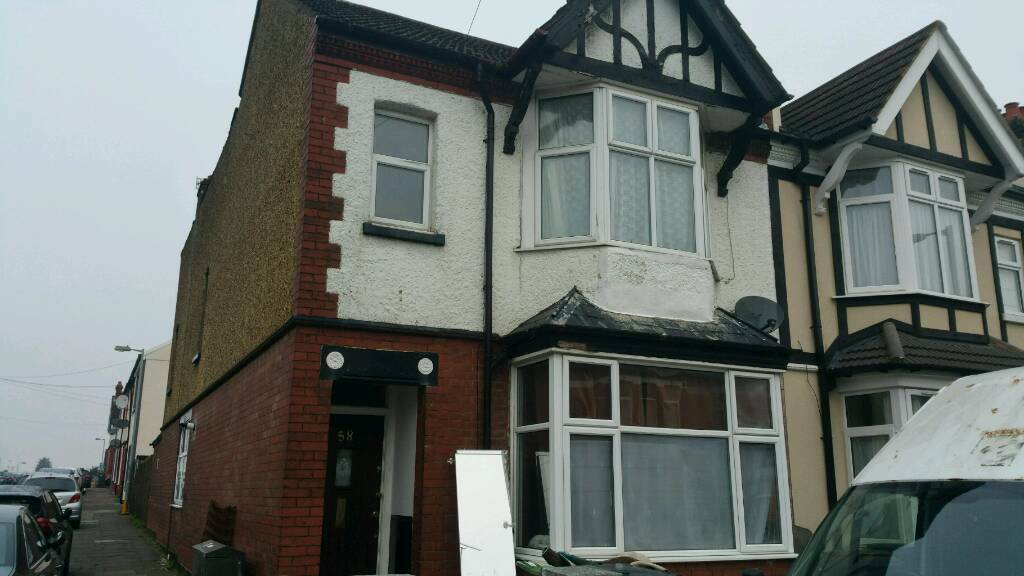 3 Bedroom House To Rent In Luton In Luton Bedfordshire