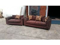 BRAND NEW 3+2 HAND MADE SOFA IN HIGH QUALITY BROWN GOLD SWIRLS FABRIC WITH BODY IN SNAKE BROWN £325