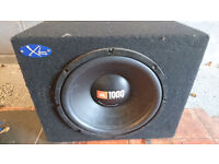 """JBL 12"""" SUBWOOFER IN ENCLOSURE & 600W AMP WITH SPL 1 FAROD CAPACITOR"""