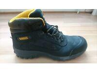 Dewalt safety boots ,size 9,black
