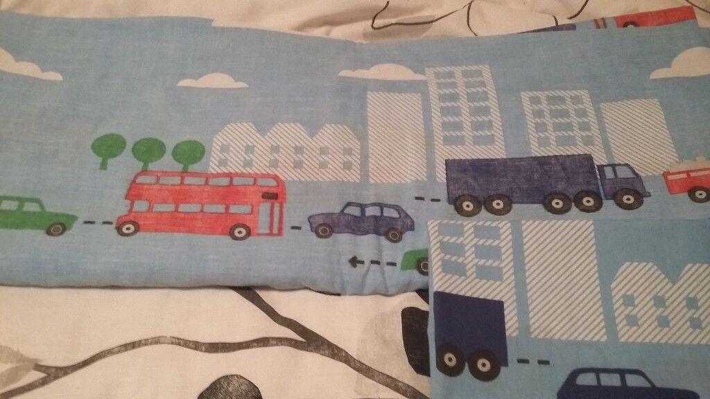 Bus/lorry/car blue/red/green kids single duvet set/throw & bus cushion good condition