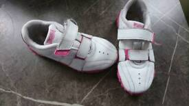 Girls Lonsdale trainers size 9