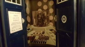 """Dr who Tardis limited edition rare 3rd doctors 9"""" flight control tardis, sounds and lights."""