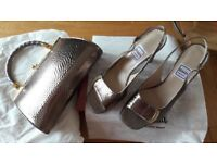 Italian Leather Shoes size 5.5 with matching Bag