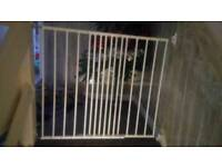 Brand new extendable stair gate