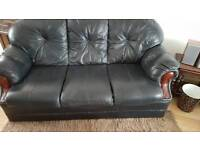 Good all rowond conditions black leather