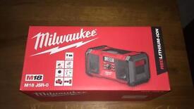 Milwaukee sure radio
